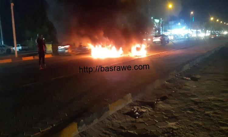 قطع طريق مطار النجف احتجاجاً على تردي الكهرباء