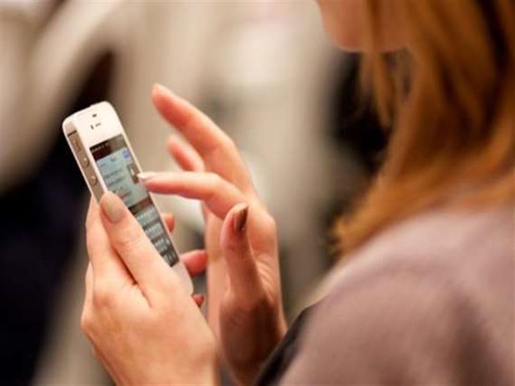 عروس تطلب الطلاق بعد الزفاف.. ماذا وجدت في هاتف زوجها ؟